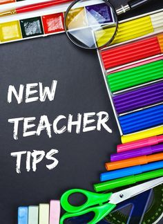 New teacher tips? Sign me up! If it's your first year of teaching, then you can use all the advice you can get--whether you want to admit it or not. First Year Teaching, Primary Teaching, Teaching Jobs, Teaching Strategies, Student Teaching, Teaching Ideas, Teaching Methodology, Teacher Organization, Teacher Tools