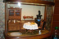 Connie Sauve - Miniature Show Photos...4..25 qw