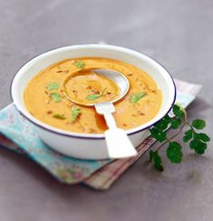 Coral lentil cream soup with caraway Vegan Lentil Recipes, Veggie Recipes, Cooking Recipes, Healthy Recipes, Watermelon Diet, Watermelon Recipes, Liquid Meals, Eating Plans, Meal Planning