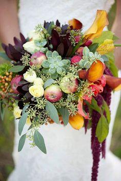 Fall Wedding Bouquets http://www.intimateweddings.com/blog/perfectly-pretty-fall-wedding-bouquets/#more-57598