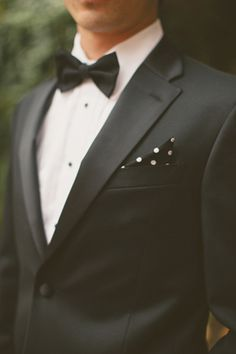 Black and white polka dot pocket square with black tux. | Nessa K Photography #wedding #groom #groomsman