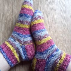 10 Tips on How to Knit Your First Pair of Socks | haalu - the ugly bunny