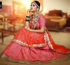 indian outfits ideas that trend in 2019 27 Indian Gowns Dresses, Indian Outfits, Bridal Dresses, Indian Bridal Photos, Indian Bridal Wear, Saree Photoshoot, Bridal Photoshoot, Indian Wedding Bride, Punjabi Wedding