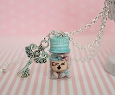 Alice in Wonderland Necklace - Eat Me Drink Me necklace - Candy Jar Necklace - Fantasy Jewelry - Bottle necklace - Key Pendant Necklace Bottle Jewelry, Bottle Charms, Bottle Necklace, Diy Necklace, Pendant Necklace, Necklaces, Magic Bottles, Mini Glass Bottles, Diy Xmas Gifts