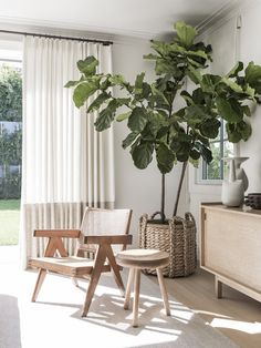 Home Tour: Light and Airy in L.A. - The Zhush