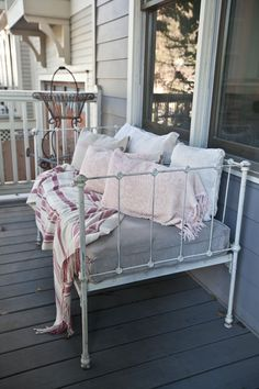 Yes I love a bed on my porch. In fact at the farm, we've got a daybed on the back porch. SEE MORE HERE. So it should come as no surprise that I love using a crib as a bench. I bought a crib awhile back and began to use it as a settee. I liked it, …