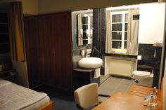 Badezimmer Restaurant, Bathroom, Cottage Chic, Bathrooms, Washroom, Restaurants, Bath, Supper Club, Dining Room