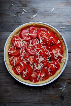 Tomato and Buffalo Mozzarella Quiche with Basil ° eat in my kitchen