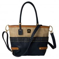 Florence - Demi. I love this new Miche Bag! I have to get it!