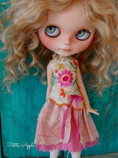 Blythe doll outfit *Silk flowers* decadent vintage style dress