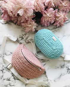 Marvelous Crochet A Shell Stitch Purse Bag Ideas. Wonderful Crochet A Shell Stitch Purse Bag Ideas. Mochila Crochet, Crochet Clutch, Crochet Handbags, Crochet Purses, Love Crochet, Bead Crochet, Diy Crochet, Crotchet Bags, Knitted Bags