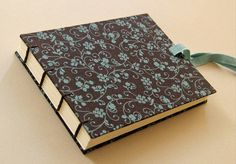 Custom Journals, Fabric Journals, Handmade Journals, Handmade Books, Diy Crafts Hacks, Diy Arts And Crafts, Paper Crafts, Leather Sketchbook, Leather Journal