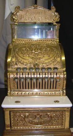 Awesome  Antique Cash Register!