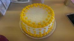 #Yellow and #White custom cake #wedekingsbakery