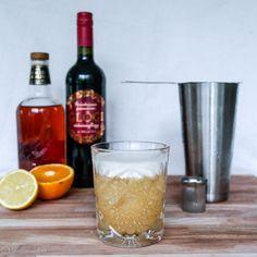 Glögi sour 1: whisky sour punaviiniglögillä