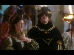 Peter Gunn - Captain Laurent - Melanie Lynskey - Jacqueline de Ghent - Ever After Melanie Lynskey, A Cinderella Story, Movie Film, Greatest Hits, Great Movies, Ever After, Musicals, Masks, Drama