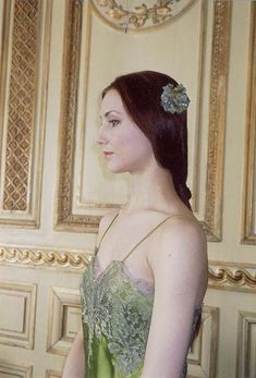 Young posing for a photo shoot Bolshoi Theatre, Bolshoi Ballet, Ballet Dancers, Ballet Images, Svetlana Zakharova, Russian Ballet, Ballet Beautiful, Woman Crush, Ballerina