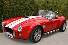 66 shelby cobra. Awesome car:)