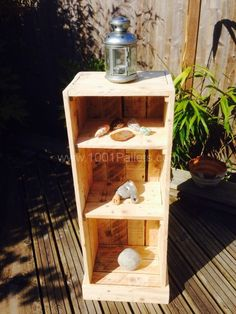 My first attempt: A bathroom cabinet | 1001 Pallets