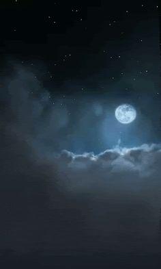 Wolke / Cloud - Mond / Moon - GIF