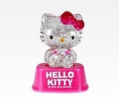Hello Kitty Mini Light Up Snow Globe: Pink. I need this like a sock in the eye. But I still want it!
