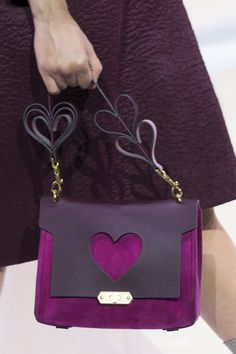 Anya Hindmarch at London Fashion Week Fall 2017 - Details Runway Photos