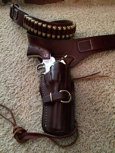 South Dakota style - Ruger New Vaquero Pistol Holster, Leather Holster, Leather Tooling, Leather Hats, Cowboy Holsters, Western Holsters, Cowboy Action Shooting, Custom Holsters, Lever Action Rifles