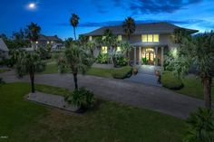 View 26 photos of this $1,585,000, 5 bed, 8.0 bath, 7600 sqft single family home located at 115 Spanish Point Rd, Ocean Springs, MS 39564 built in 1981. MLS # 310761.