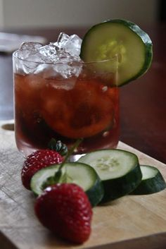 Strawberry balsamic, Liqueurs and Gin on Pinterest