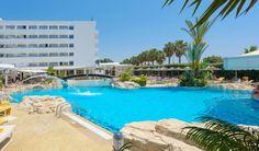 Tasia Maris Beach Hotel pool.