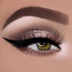 Are you looking for some fun new makeup looks for your gorgeous green eyes? Check out these hot makeup trends that will make your eyes sparkle and shine! >>> Visit the image link for more details. #MakeupTips