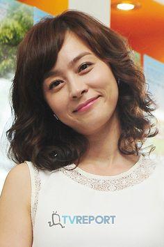 Woo Hee-jin (우희진) - Picture @ HanCinema :: The Korean Movie and Drama Database Woo Hee Jin, Jin Photo, Photo Galleries, Dish, Korean, Actresses, Model, Drama, Image