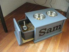 Dog Feeding station organize-organize-organize