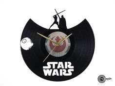 Star Wars vinyl clock, Skywalker vs Darth Vader www.revinylit.com