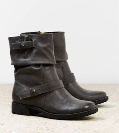 AEO Slouchy Moto Boot,, these would look awesome with skinnies and a sweaterrrrrrr :'(