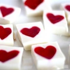 These Jello hearts for Valentines Day would be a great idea!! Especcially for a Valentines party and school or a friend and family party!!!!:)