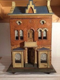 Puppenhaus antik | eBay Antique Dollhouse, Antique Dolls, Dollhouse Miniatures, Dolls House Shop, Dollhouse Design, Bird Houses, Doll Houses, Old Dolls, Miniture Things