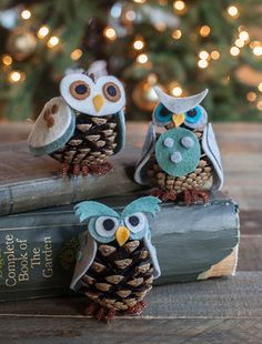 Owl_Ornaments_Felt_Pinecone