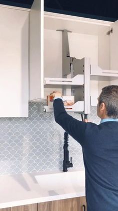 Kitchen Cupboard Designs, Kitchen Room Design, Diy Kitchen Storage, Modern Kitchen Design, Home Decor Kitchen, Interior Design Kitchen, Kitchen Organization, Kitchen Ideas, Kitchen Cabinet Styles