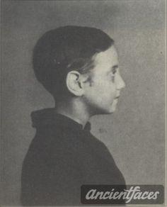 Esther Baum Nationality: Jewish Residence: Bordeux, Departement France Death: September 20, 1942 Cause: Murdered in Auschwitz (buried in Auschwitz death camp) Age: 11 years