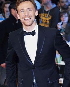 Tom Hiddleston + smile (gif)