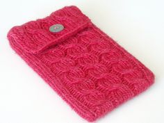 Free Knitting Pattern - Cozies: Offset Cable Kindle Sleeve