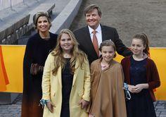 Koninklijk gezin viert Koningsdag 2017 in Tilburg