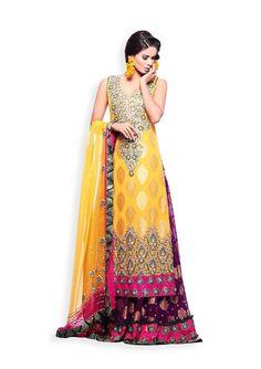 Such a pretty mehndi dress