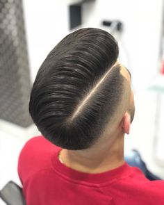 Haircut Great Haircuts, Haircuts For Men, Haircut Men, Hairstyles Haircuts, Weave Hairstyles, Pelo Popular, Pompadour, Side Part Haircut, Barber Haircuts