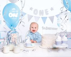 Kindergeburtstag - Papeterie Online Shop Österreich Party Box, First Birthday Parties, First Birthdays, Baby Dedication, Serenity, Blue Party, Streamers, Cupcake Toppers, Banner