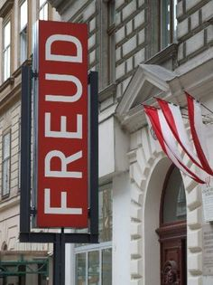 Psicóloga en Madrid María Eugenia Nieto Mancebo TEL: 647 74 84 99 Sigmund Freud Museum, Vienna, Austria