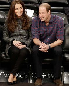 After an evening spent hanging out with Beyonce and Jay Z, Kate Middleton and Prince William's tour of New York took took a solemn turn on Tuesday.The royal couple spent part of their last day in the. William Kate, Prince William Et Kate, Princesa Charlotte, Duke And Duchess, Duchess Of Cambridge, Catherine Cambridge, Kate Middleton, Beyonce E Jay Z, Calvin Klein
