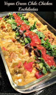 Vegan Green Chile Chicken Enchiladas A New Mexico favorite – only Vegan! Green Chile Chicken Enchiladas with Soy Curls, Fresh Hatch Green Chile, Tofu Sour Cream and a creamy Potato Cheese Sauce. Vegan Enchiladas, Chicken Enchiladas, Chicken Casserole, Bean Casserole, Casserole Recipes, Mexican Food Recipes, Whole Food Recipes, Vegetarian Recipes, Healthy Recipes