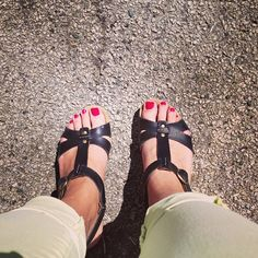 Instagram photo by @savss_95 (Savannah Lamberis) | Clarks sandals